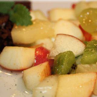 Varmmarineret frugtsalat med vanille