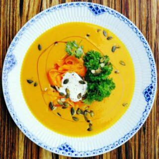 Spicy græskarsuppe